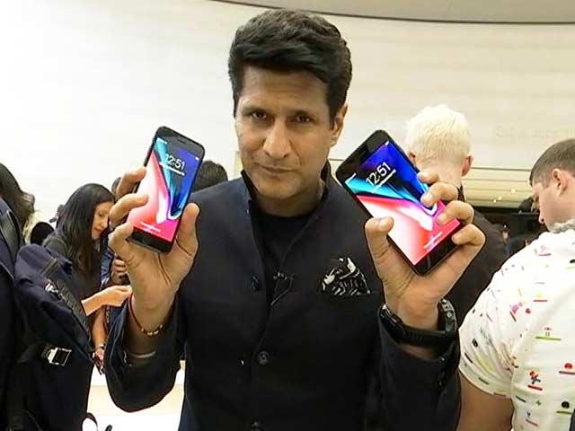 Video : iPhone X, iPhone 8 Unveiled: Rajeev Makhni Goes Hands On