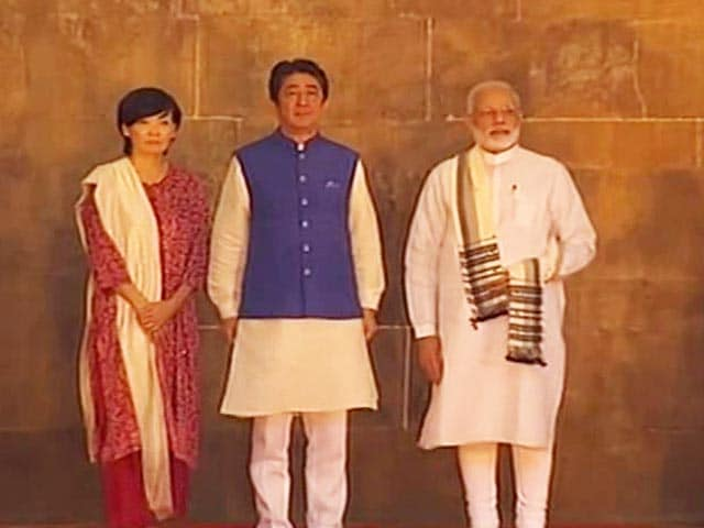 Video : PM Modi, Shinzo Abe Visit Iconic Mosque In Ahmedabad