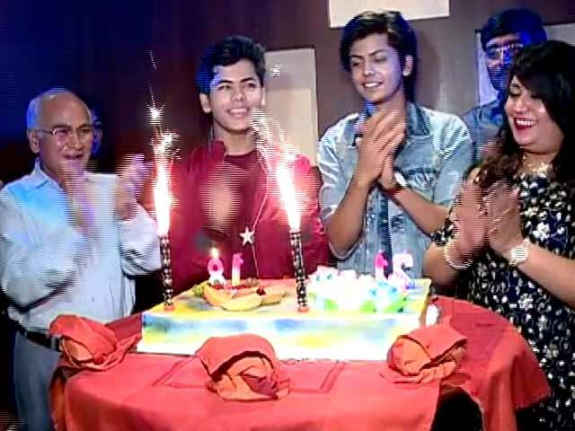 Video : TV Actors Siddharth & Abhishek Nigam's Birthday Bash