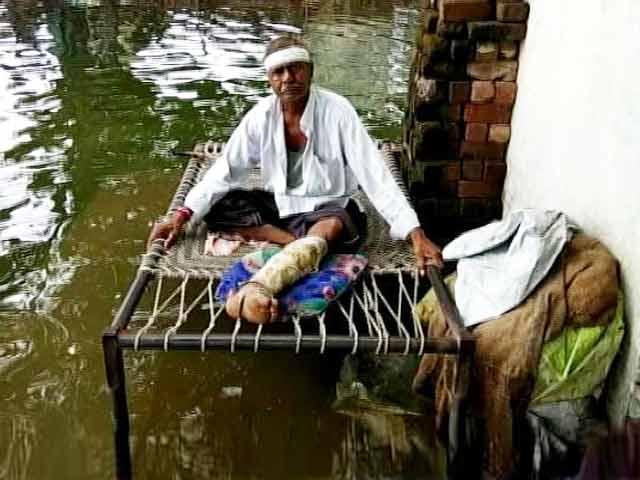 Videos : मध्य प्रदेश : नर्मदा घाटी के 25 घर डूबने के कगार पर