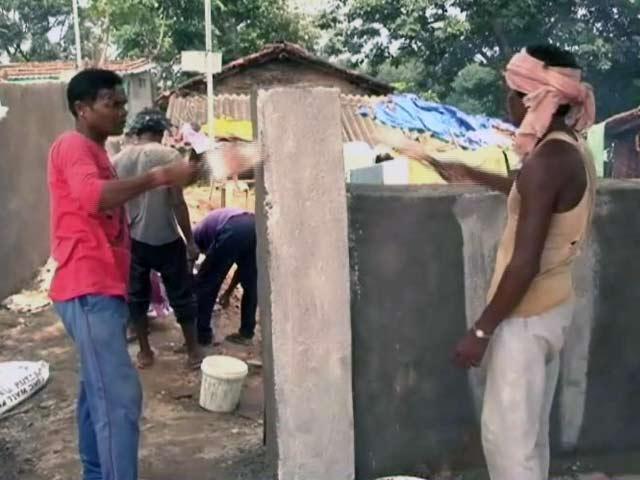 Video : झारखंड के दौरे पर बीजेपी अध्यक्ष अमित शाह, बिरसा मुंडा के घर भोजन भी करेंगे