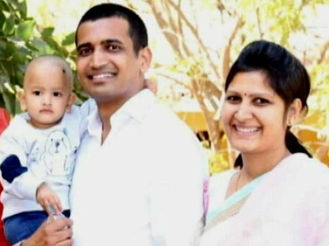 Video : Jain Couple To Leave 3-Year-Old Child, '100-Crore Property' For Monkhood