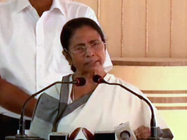 Video : 'Don't Play With Fire': Mamata Banerjee To Group Planning Rally With Arms