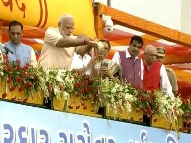 Video : On Birthday, PM Launches Sardar Sarovar Dam, Called 'Gujarat's Lifeline'