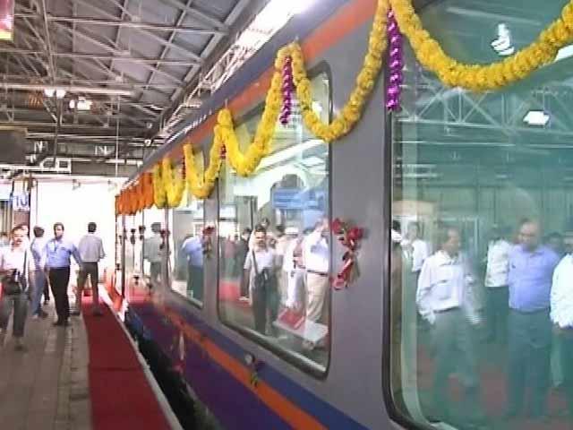 Video : मुंबई-गोवा जन शताब्दी ट्रेन में लगा विस्टाडोम कोच