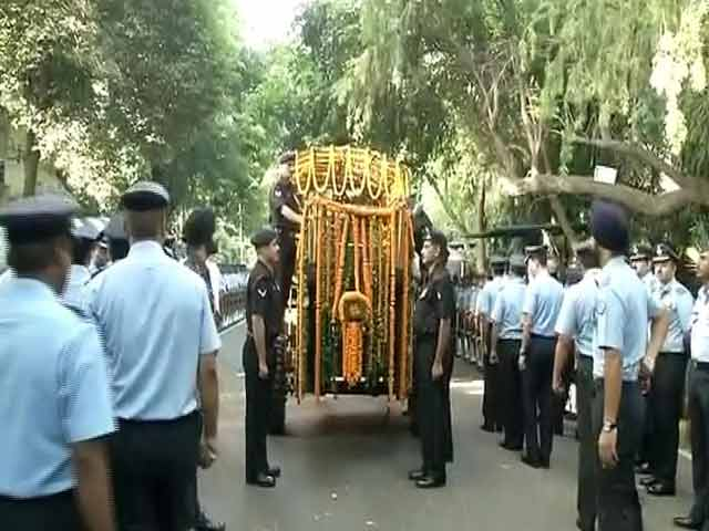 Video : 17-Gun Salute, Fly-Past For Arjan Singh, Marshal Of Indian Air Force