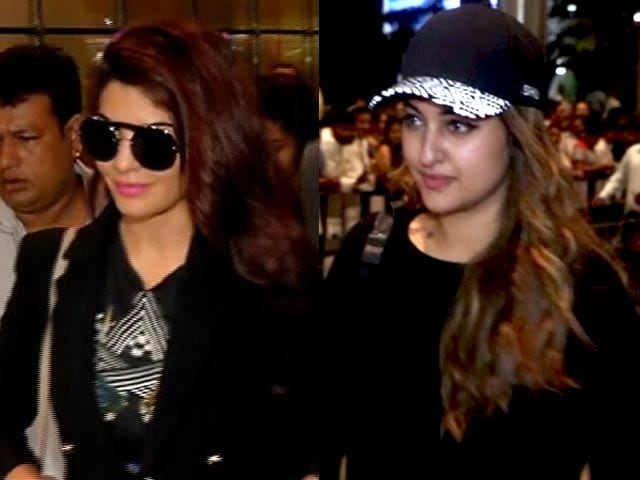 Spotted! Jacqueline Fernandez and Sonakshi Sinha At Mumbai Airport
