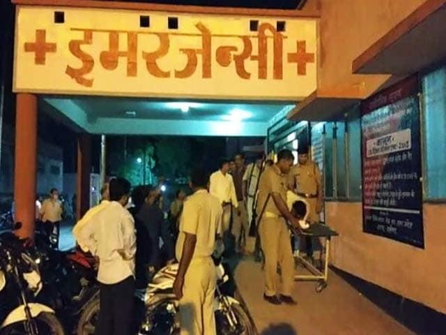 Noida police encounter की ताज़ा ख़बर