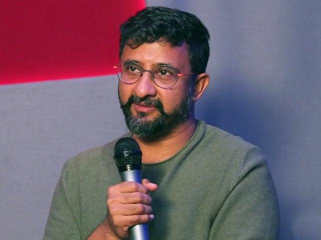 தனுஷால் என்னுடைய திரைப்படம் தாமதமானது - இயக்குனர் தேஜா