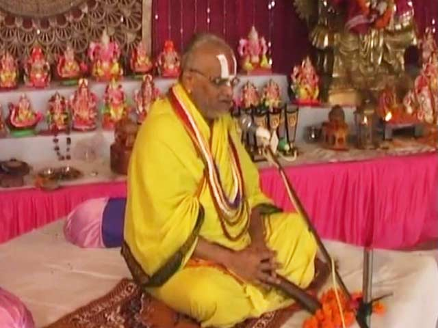 Video : Rajasthan's 'Falahari Baba' Charged With Rape, Checks Into Hospital