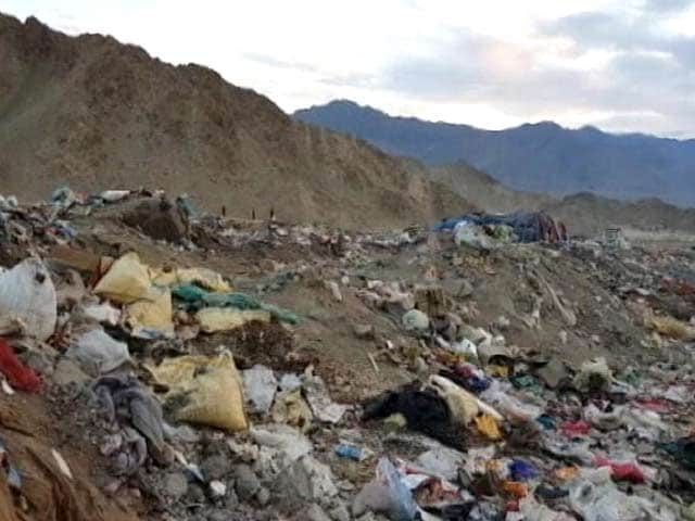 Video : How Leh Is Drowning In Garbage