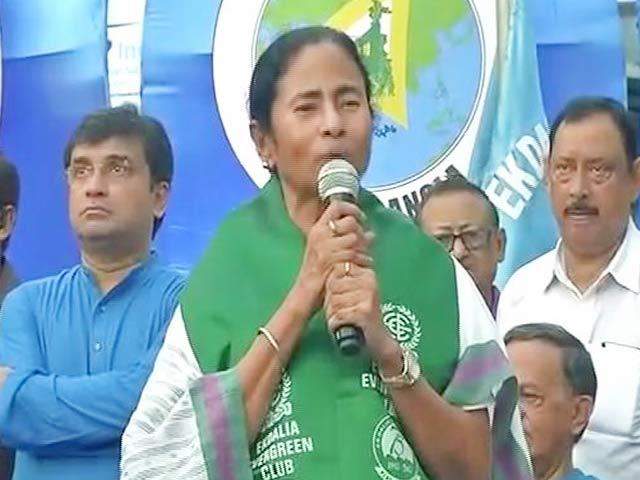 Videos : दुर्गा प्रतिमा विसर्जन पर ममता बनर्जी का नया फरमान
