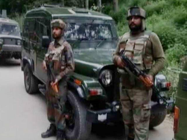 Video : इंडिया 7 बजे: सीमा पर तनाव के बीच भारत और पाकिस्तान के DGMO की बातचीत