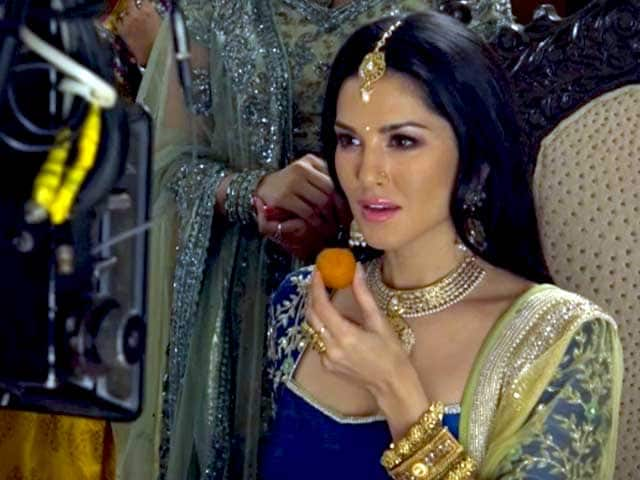 On The Sets Of Sunny Leone's Ad Shoot