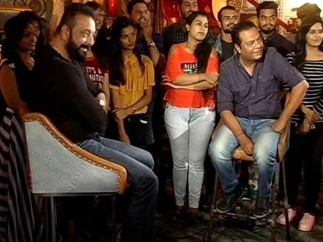Video : Spotlight: 'भूमि' बाप-बेटी के इमोशनल ड्रामा पर आधारित फिल्म है- संजय दत्त