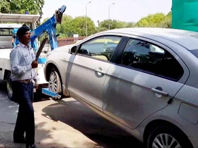 Video : गलत पार्किंग: जितनी भारी गाड़ी उतना ही ज्यादा चालान