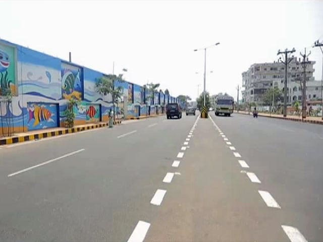 Video : Visakhapatnam Crowned As The Third Cleanest City In India, Here's How