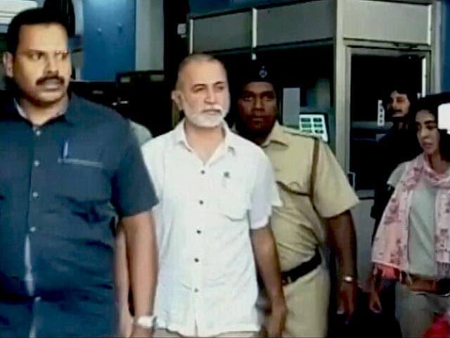 Videos : जारी रहेगा तेजपाल का ट्रायल, SC ने दिए आदेश
