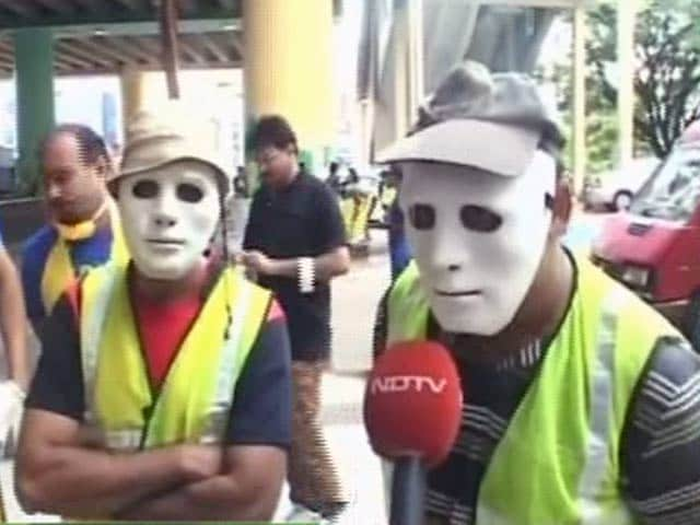 Video : Bengaluru's Faceless Warriors 'The Ugly Indians' Are On A Clean Mission