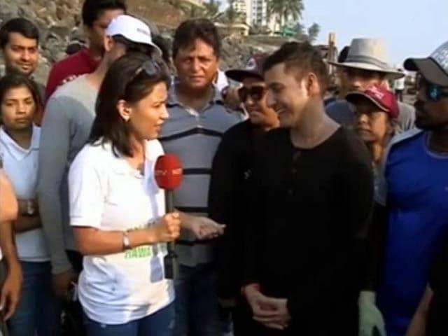 Videos : बनेगा स्वच्छ इंडिया: एडवोकेट अफरोज शाह की पहल से चमका वार्सोवा बीच