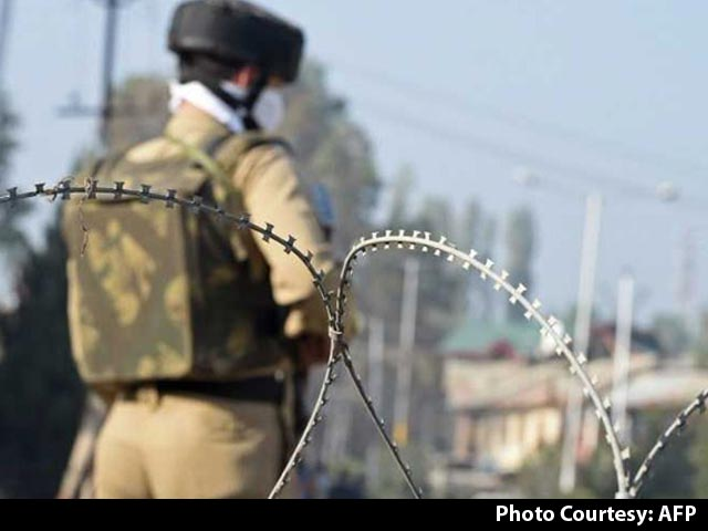 Video : 3 Terrorists Who Attacked BSF Camp Near Srinagar Airport Killed