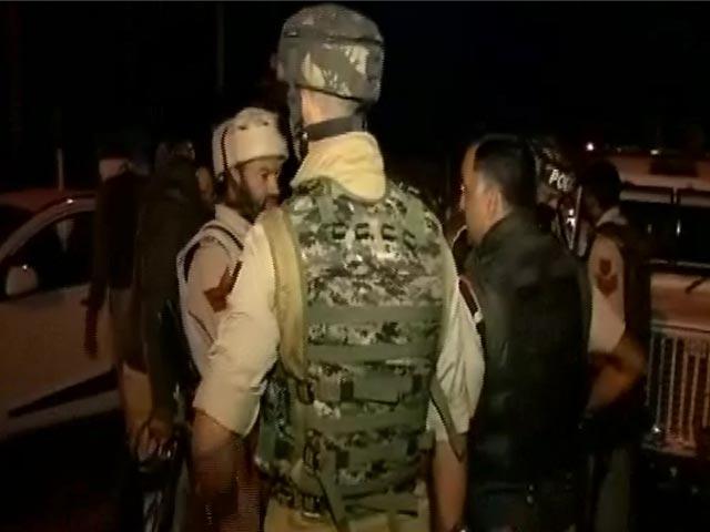 Video : बड़ी ख़बर: BSF के कैंप पर आतंकी हमला, एक जवान शहीद