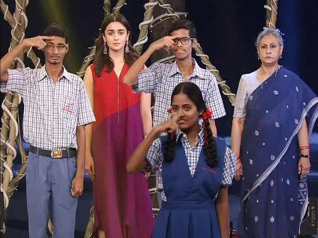 Video : 12-Hour Cleanathon Ended With National Anthem Performed By Specially-Abled Kids
