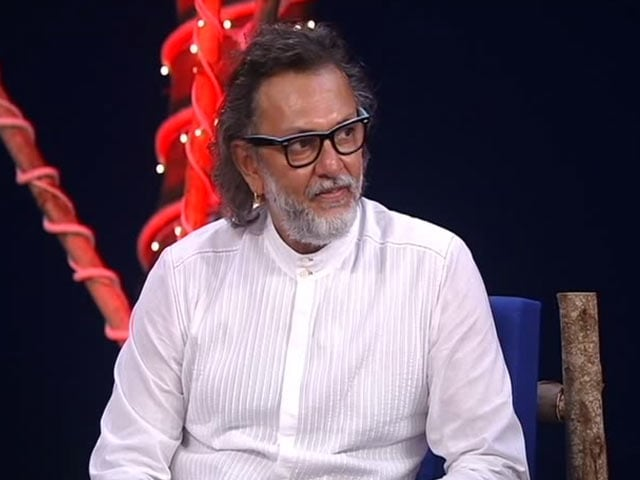 Video : How Filmmaker Rakeysh Omprakash Mehra Is Providing Toilets To People In Need