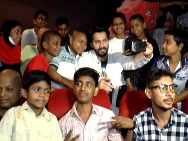 Varun Dhawan Clicks Selfies With NGO Kids At A Screening Of Judwaa 2