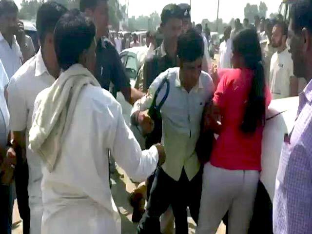 Video : भिवानी में महिला खिलाड़ी के साथ बदसलूकी