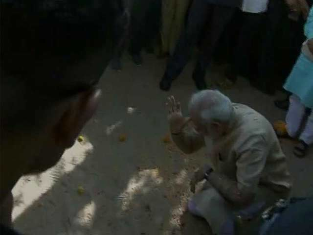 Video : For PM Modi, A Visit To His School As Vadnagar Welcomes 'Son Of The Soil'