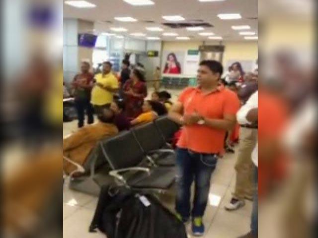 Video : ....जब जवानों के सम्मान में तालियों से गूंज उठा जम्मू एयरपोर्ट