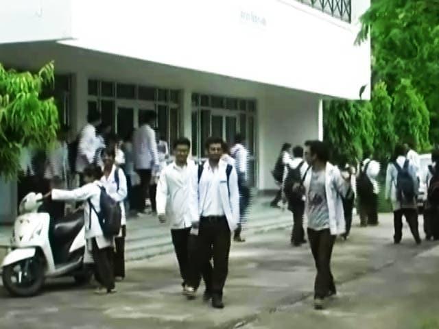 Video : उत्तराखंड के बीमार दो बड़े मेडिकल कॉलेज