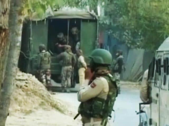 Videos : सुरक्षाबलों ने जम्मू कश्मीर में दो आतंकियों को मार गिराया