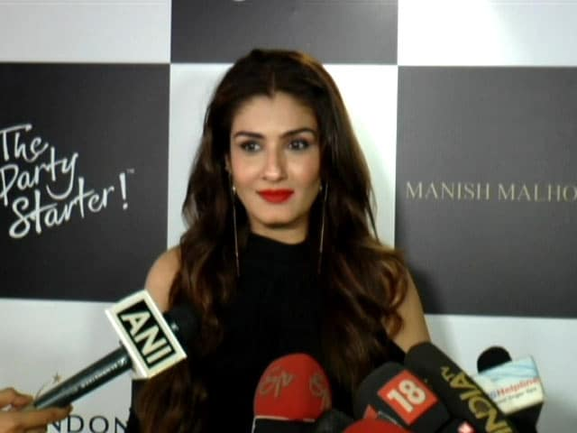 Video : Raveena Tandon On Her Favourite Designer Manish Malhotra