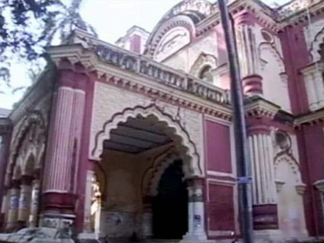 Video : कैसे हैं पटना में शिक्षा के हालात? रवीश कुमार के साथ प्राइम टाइम