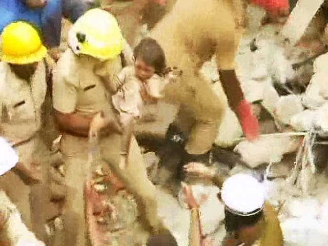 Video : 6 Killed, Some Feared Trapped In Building Collapse In Bengaluru
