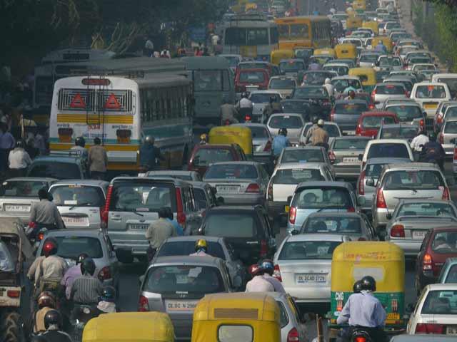 Video : दिल्ली में आईएसबीटी पर हॉर्न बजाने पर लगने लगा जुर्माना