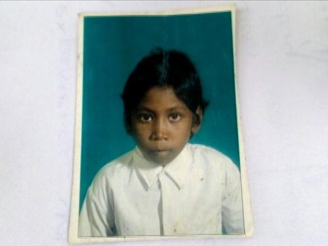Videos : इंडिया 8 बजे: झारखंड के सिमडेगा में 11 साल की बच्ची की भूख से मौत