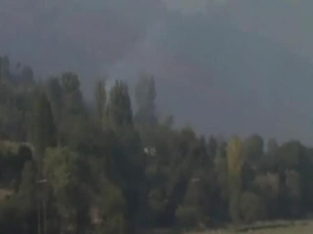 Videos : पाकिस्तान की ओर से की जा रही फायरिंग में 7 लोग घायल