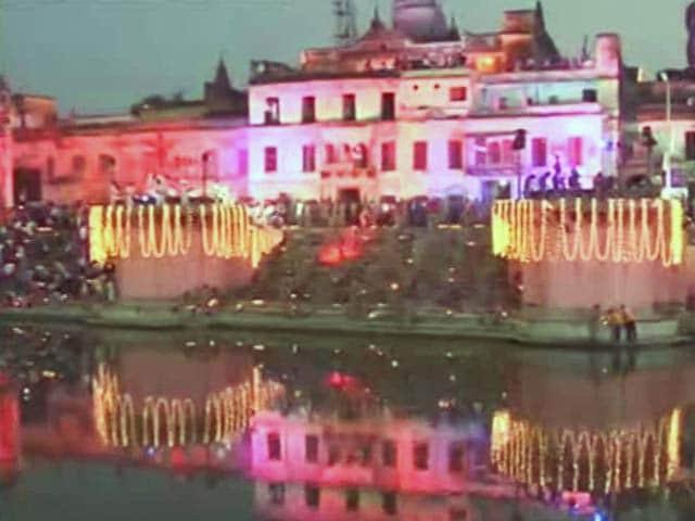 Videos : इंडिया 8 बजे: अयोध्या में इतिहास की सबसे बड़ी दीवाली