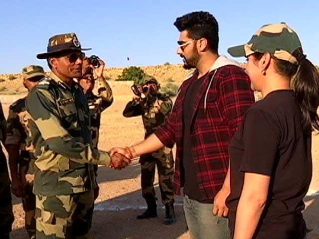 Video : सेना के जवान को देख अर्जुन कपूर ने कहा- अनिल कपूर के बाद आप हैं जिनकी उम्र पता नहीं चलती