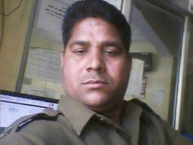 Video : एमपी: दीपावाली की रात ड्यूटी पर तैनात कान्स्टेबल की हत्या