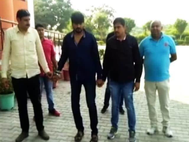 Videos : हर्षिता के जीजा दिनेश ने रची थी मौत की साजिश: एसपी