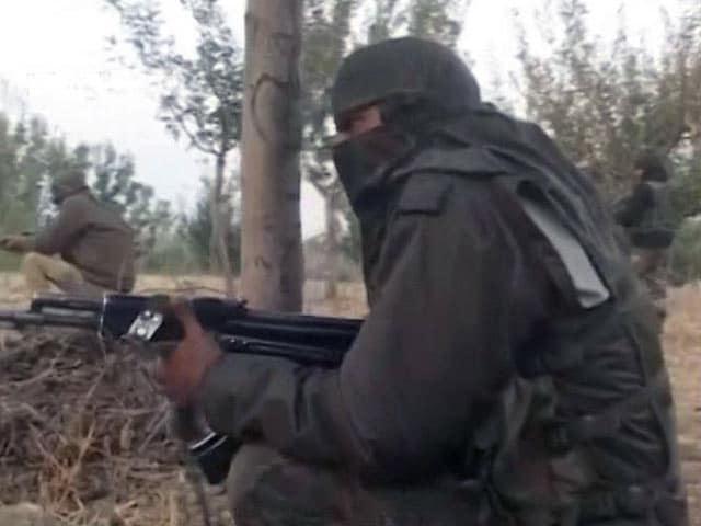 Videos : हंदवाड़ा में सुरक्षाबलों से मुठभेड़ में एक आतंकवादी मारा गया