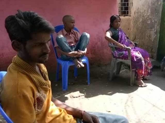 Video : Jharkhand Man's Family Says He Died Of Hunger, Had Aadhaar But Got No Ration