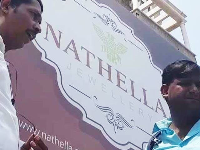 Video : Famous Chennai Jeweler Closes Down, Promises Refunds To Customers