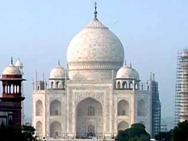 Videos : इंडिया 8 बजे : योगी आदित्यनाथ ने कहा, 'ताज हमारी विरासत'