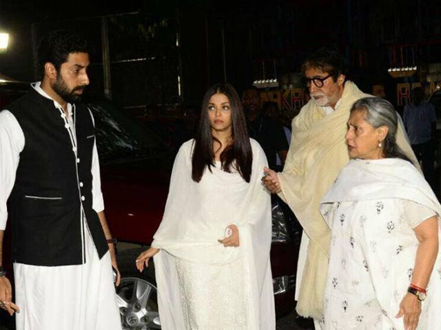 Aamir Khan, Bachchans & Others At Rani Mukherji's Father's Prayer Meet