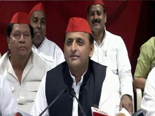 Video : 'How Times Change': Akhilesh Yadav Mocks Yogi Adityanath's Taj Mahal Trip